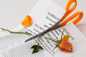 3 Ways to Deal with Marriage Breakups and Divorce